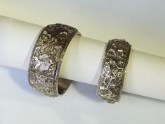 Hand carved, highly detailed rings created by award winning artist Tom Dailing. Available at Studio Jewelers in Madison WI. Handcrafted Jewelry, Bridal Jewelry, Jewelry Crafts, Special Events, Hand Carved, Toms, Carving, Jewels, Gemstones