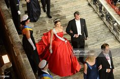 Nobel Chemistry Prize 2014 laureate Eric Betzig (R) and Swedish Crown Princess Victoria arrive for the Nobel banquet, a traditional dinner after the Nobel Prize awarding ceremony at the Stockholm City Hall on December 10, 2014. AFP PHOTO / JONATHAN NACKSTRAND        (Photo credit should read JONATHAN NACKSTRAND/AFP/Getty Images)