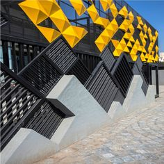 Studio Ardete applies the Japanese art of origami to design a unified façade Factory Architecture, Parametric Architecture, Facade Architecture, Facade Design, House Design, Boundry Wall, Design Origami, Compound Wall Design, Balcony Grill Design