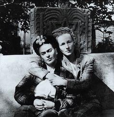 Frida Kahlo and Emmy Lou Packard, 1941 (Diego Rivera)