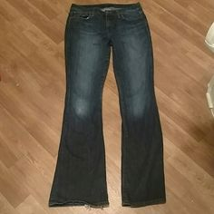 Joes jeans Joes jeans. Size 28. 98%cotton 2%elastic. These have been worn and are a little distressed because of it but are a great pair of jeans and priced accordingly. Joe's Jeans Jeans