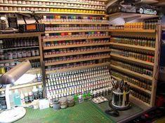 Pauls Scale Models: My modelling workspace Garage Workshop Organization, Workshop Storage, Painting Station, Hobby Desk, Paint Storage, Model Hobbies, Model Maker, Space Crafts, Working Area