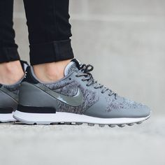 Shop Women's Nike Black Gray size Sneakers at a discounted price at Poshmark. Never worn. Brand new without shoebox. No trades. Price is firm. Best Sneakers, Air Max Sneakers, Shoes Sneakers, Nike Fleece, Tech Fleece, Nike Internationalist, Sneaker Boutique, Running Fashion, Herren Outfit