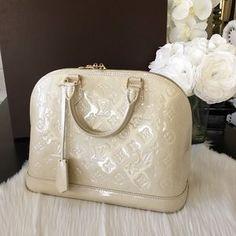 Louis Vuitton Handbags - ⭐️NEW⭐️Louis Vuitton Alma Vernis Blanc Corail