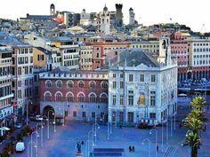 Genova Piazza Caricamento Palazzo San Giorgio