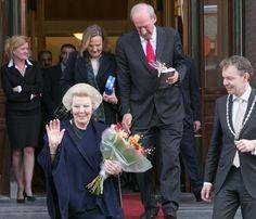 La princesa Beatriz de Holanda se mudaal castillo de Drakensteyn