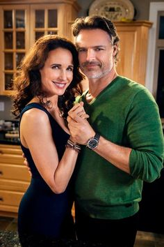 The lovely Cedar Cove couple Olivia Lockhart (Andie MacDowell) and Jack Griffin (Dylan Neal)