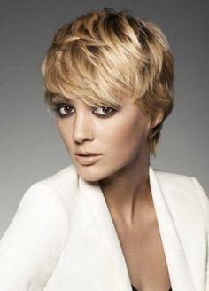 Rezored Pixie Haircut with Bangs-Pixie Haircuts with Bangs