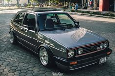 A GTI has probably been on your bucket-list too, such a clean one with an open roof is definitly a dream ! Volkswagen Golf Mk1, Vw Touran, Vw Mk1 Rabbit, 147 Fiat, Golf 2 Gti, E36 Coupe, Audi, Vw Classic, Old School Cars