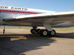 IL-62 undercarriage Air Koryo