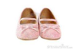 7- Elle les protégera, les chouchoutera, leur créera de mignonnes petites chaussures. Elle aura créer sa propre société.