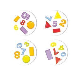 Un jeu durant lequel tous les joueurs jouent en même temps ! Enoncez en premier à haute voix le seul symbole identique entre les 2 cartes ! Idéal pour renforcer la concentration et la discrimination visuelle. Permet d'aborder les chiffres, les formes géométriques et les couleurs. 30 cartes dans une boite métal. Dim. 1 x 1,4 cm. Dès 4 ans.