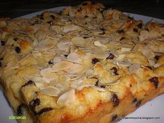recette PUDDING AUX PERLES DE CHOCOLAT Chocolates, Pastel, Biscuits, Pie, Favorite Recipes, French Toast, Cheese, Food, Breakfast