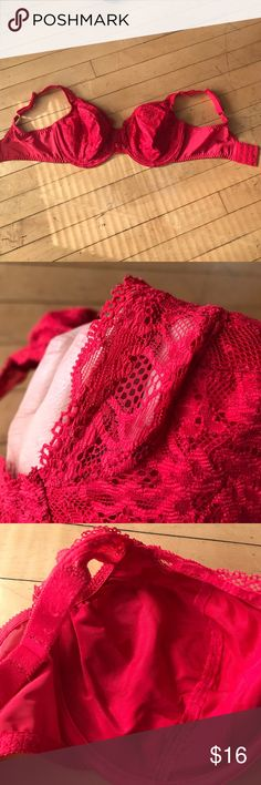 Olga red bra Comfortable, thick straps, wires, decorative front, cups are all lace. Wide back so it will hold well. Minor piling under the straps as seen in photo. Olga Intimates & Sleepwear Bras