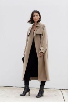 Sara Donaldson: Minimalist Fashion Style waysify | @andwhatelse