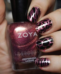 Zebra, leopard, giraffe, and tiger sparkle nails.