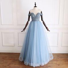 837edcc3f7 Luksusowe Niebieskie Sukienki Wieczorowe 2019 Princessa Przy Ramieniu Kótkie  Rękawy Wykonany Ręcznie Frezowanie Cekinami Tiulowe Długie