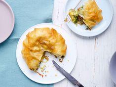 Découvrez notre recette facile et rapide de Pastilla métissée sur Cuisine Actuelle ! Retrouvez les étapes de préparation, des astuces et conseils pour un plat réussi.