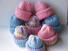 Ravelry: molander's Reversible Preemie Beanies Baby Hat Knitting Patterns Free, Beginner Knitting Patterns, Baby Hat Patterns, Baby Hats Knitting, Crochet Baby Hats, Loom Knitting, Knitting Projects, Knitted Hats, Knitted Scarves
