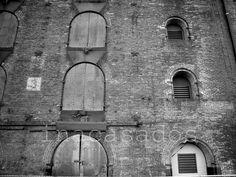 puertas y ventanas / doors and windows / portas e janelas. new york,usa.