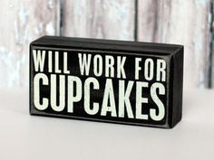 Adorable Cupcake Signs from @The TomKat Studio - there are a couple of other versions specific to cupcakes too!