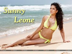 Download Sunny Leone's Sexy Wallpapers