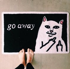I WANT THIS RUG