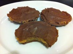 Medifast peanut butter cup. Uses 1 hot cocoa, PB2, and water. 1 meal & 1 snack.