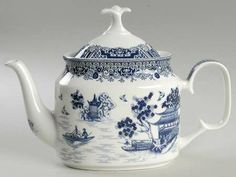 http://images.replacements.com/images/images5/china/G/gracie_bone_china_true_blue_teapot_lid_P0000377501S0004T2.jpg