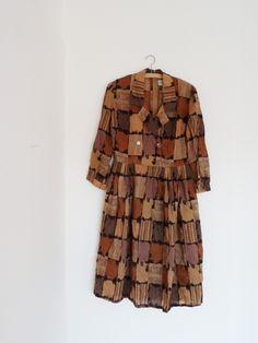 Vintage Kleid, 60er Jahre Kleid, mit interessantem Muster, mit Kragen, Dorville, britisches Design von GretaRotkaeppchen auf Etsy