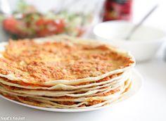 Lahmacun oftewel Turkse pizza is een traditioneel gerecht waar veel mensen gek op zijn, ik daarentegen ben er verliefd op! Het deeg is lekker zacht en belegd met een heerlijk jasje van gehakt gemixed…