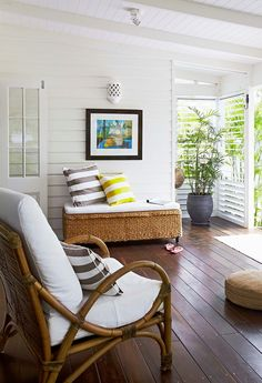 A tropical-style home to laze away long summer days - Homes, Bathroom, Kitchen & Outdoor Tropical Houses, Tropical Decor, Coastal Decor, Tropical Colors, Coastal Style, Outdoor Rooms, Outdoor Living, Outdoor Furniture Sets, Beach Cottage Style
