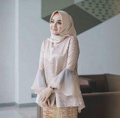 Antika Rifani Kebaya Modern Hijab, Kebaya Hijab, Kebaya Muslim, Muslim Dress, Model Kebaya Brokat Modern, Kebaya Lace, Batik Kebaya, Kebaya Dress, Batik Dress