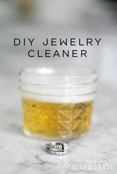 DIY Bling Wash (Natural Jewelry Cleaner) Many homemade cleaners contain . - DIY Bling Wash (Natural Jewelry Cleaner) Many homemade cleaners contain harsh chemicals that can da - Diy Natural Jewelry Cleaner, Homemade Jewelry Cleaner, Natural Cleaners, Diy Jewelry Cleaner Diamonds, Silver Jewelry Cleaner, Trash To Couture, Clean Gold Jewelry, Keep Jewelry, Boho Jewelry
