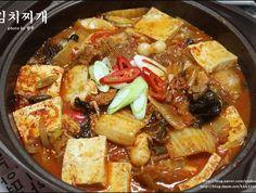 맛집 스타일대로 끓여먹는 돼지고기김치찌개