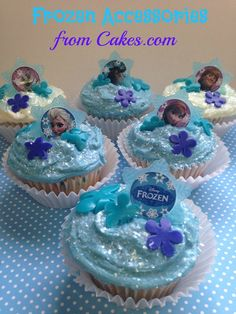 Frozen sparkle cupcakes with fondant cut-outs and cupcake rings from Cakes.com | via @imperfectwomen