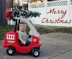 Christmas card photo idea for kids