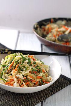 Grain-Free Zucchini Yakisoba with Black Radishes #paleo #vegan #gluten-free