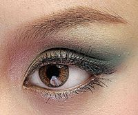 Revlon Spring/Summer 2008 Collection Retro Makeup Looks - Makeup For Life - Beauty Blog, Makeup Tutorials, Product Reviews, Swatches, Celebrity Makeup