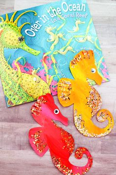 Paper Plate Seahorse Craft For Ocean Theme Units - Unterwasserwelt Basteln Seahorse Crafts, Sea Animal Crafts, Summer Crafts For Kids, Projects For Kids, Art For Kids, Art Projects, Summer Fun, Little Mermaid Crafts, Sea Creatures Crafts