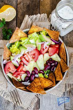 salad with nachos