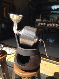 10 Fascinating Coffee Roasters For Home Coffee Roaster Supplies Coffee Shop Bar, Coffee Cafe, Drip Coffee, Coffee World, Coffee Is Life, Coffee Study, Coffee Equipment, Tea Cafe, Coffee Truck
