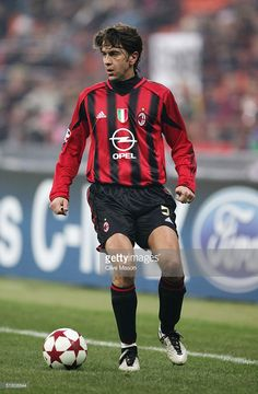 Alessandro Costacurta of Milan in action during the UEFA Champions League Group F match between AC Milan and Shakhtar Donetsk at the San Siro on November 24, 2004 in Milan, Italy.