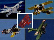 Fünf Kampf-Flugzeuge aus dem 1. Weltkrieg