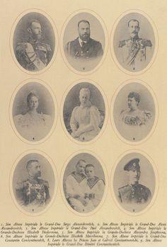 Fotogravura de 1899 (cópia de uma fotografia original de 1896) da Grã-duquesa Elizabeth Feodorovna. Ela está usando um vestido com mangas completo e sua joia inclui colares de pérolas e uma pequena tiara.