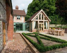 Border Oak - Award Winning Garden Room with glazed link to main house.