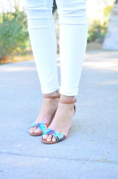 Chambray Shirt, White Jeans, Statement Necklace, Summer fashion