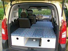 bett im caddy caddy camper pinterest ausbau camper und umbau. Black Bedroom Furniture Sets. Home Design Ideas