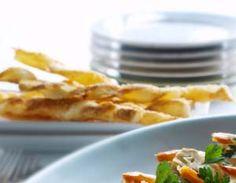Parmesaani juustotikut Waffles, Pancakes, Savoury Baking, Breakfast, Sweet Dreams, Food, Kids, Morning Coffee, Young Children
