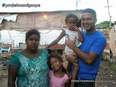 No dia 25 de dezembro (2012), o Projeto AMIGOS realizou na Ponte Preta o evento Amigos na Comunidade. Neste dia houve evangelismo, entrega de bíblias, distribuição de brinquedos e lanches para as c…